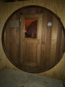 Discount Saunas - Used Barrel Sauna 2